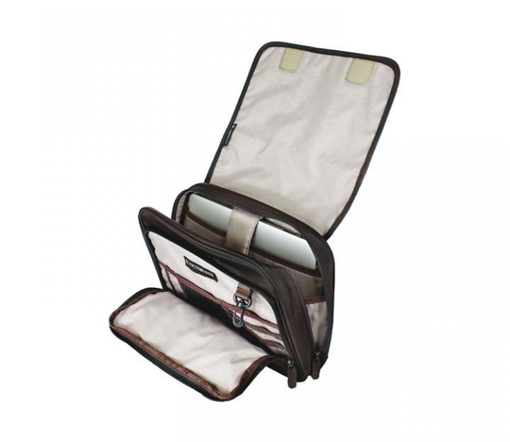 Victorinox Potovalna torba Adventure Traveler, RFID zaščita (31173501)